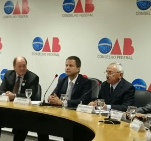 Presidentes do OSB, OAB e CFC, Ney Ribas, Claudio Lamachia e José Coelho, respectivamente