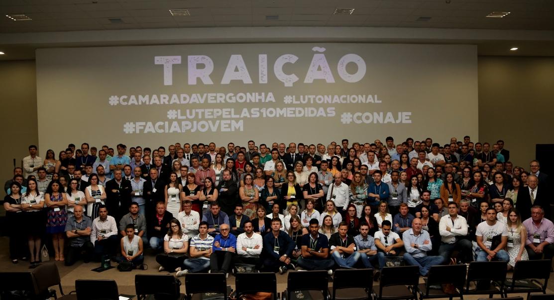 traicao_congresso21